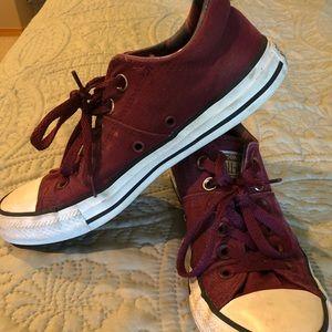 Converse, Size 8 Maroon